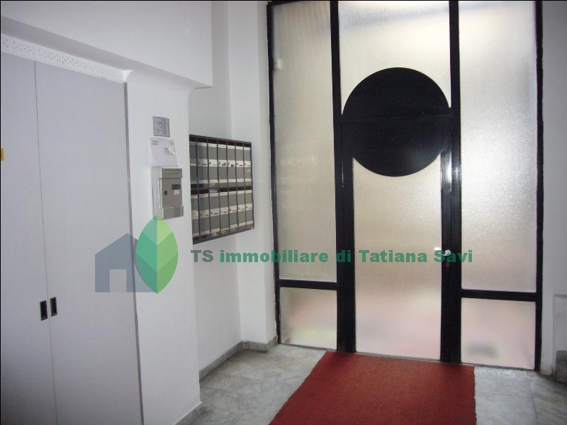 https://www.ts-immobiliare.comportone d'ingresso